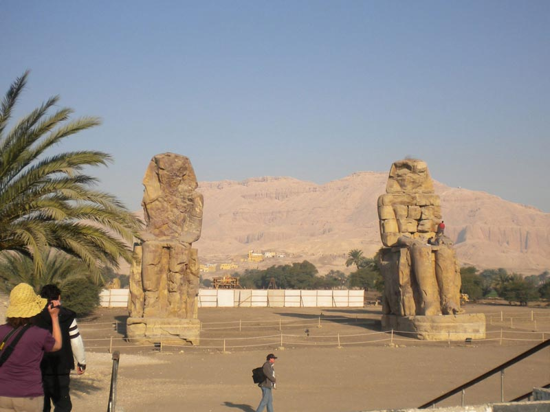 Colossi of Menon - Luxor Tour from Cairo - Trips In Egypt