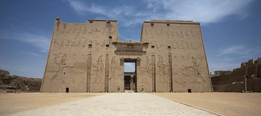 Edfu Temple - KomOmbo & Edfu Tour | TripsInEgypt