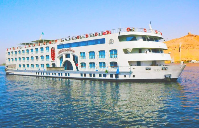Nile River Cruise from Hurghada - Trips in Egypt