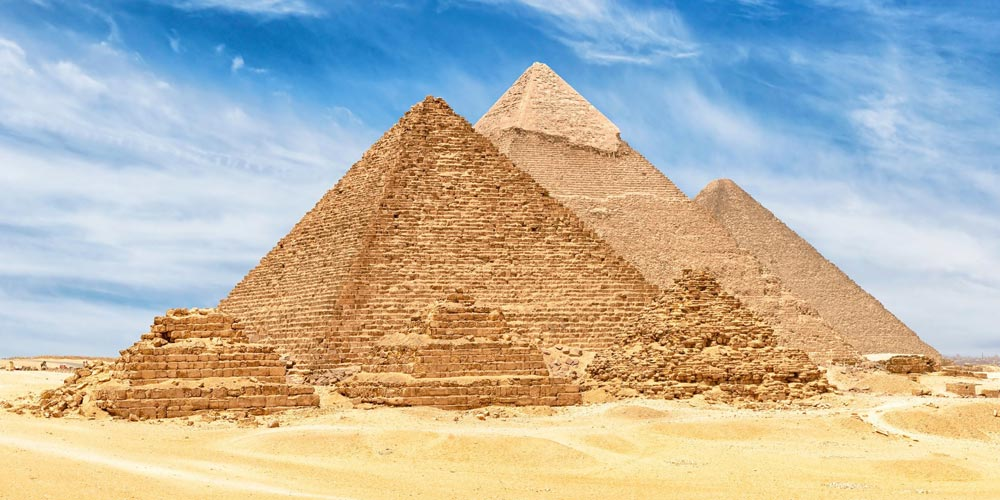 Day Tour from Cairo to Pyramids, Sakkara, and Dahshour