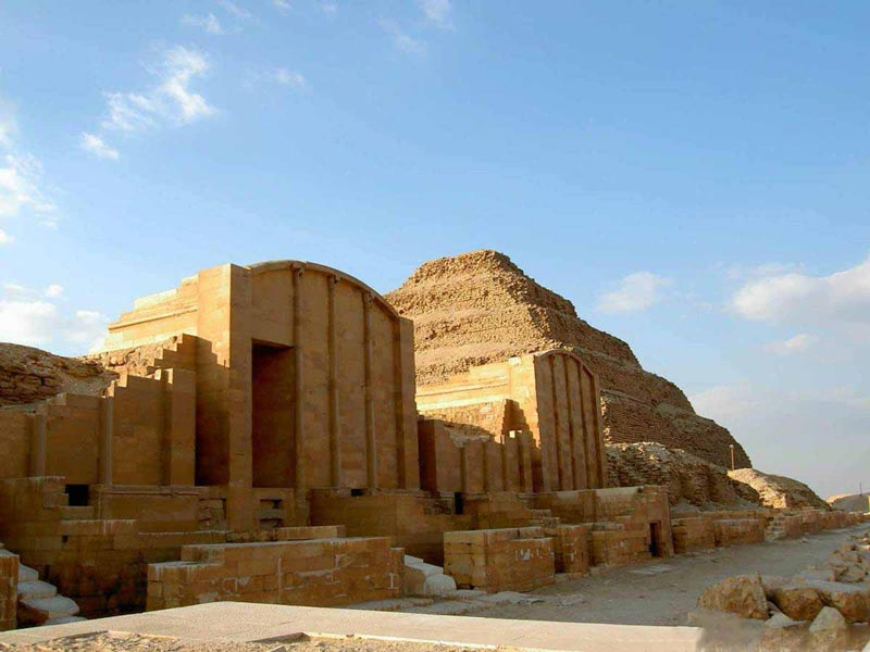 Day Tour from Hurghada to Pyramids by Plane | Pyramids Tour from Hurghada