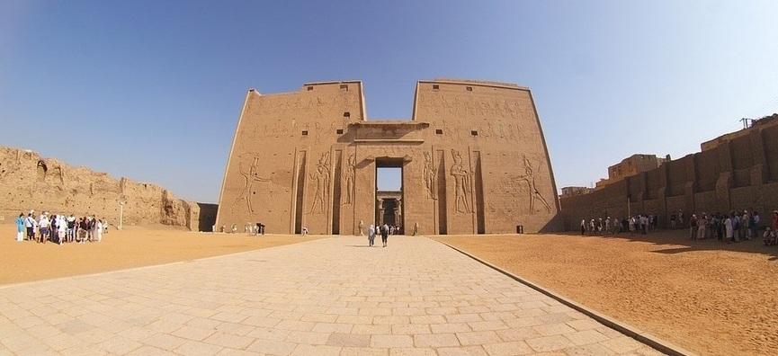 Temple of Edfu | KomOmbo & Edfu Tour | TripsInEgypt