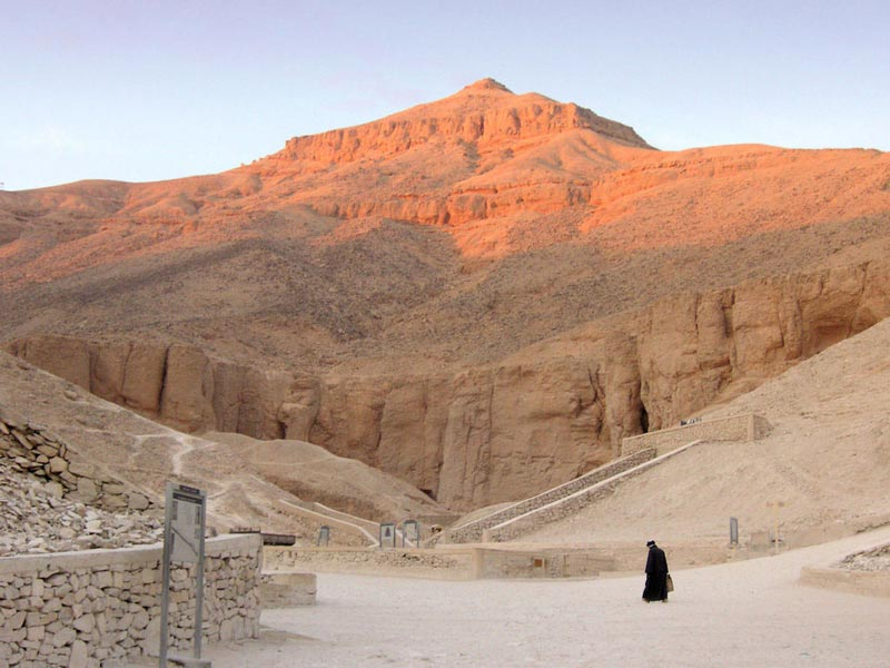 Vally of the Kings - Day Trip from Aswan to Luxor - Trips In Egypt;