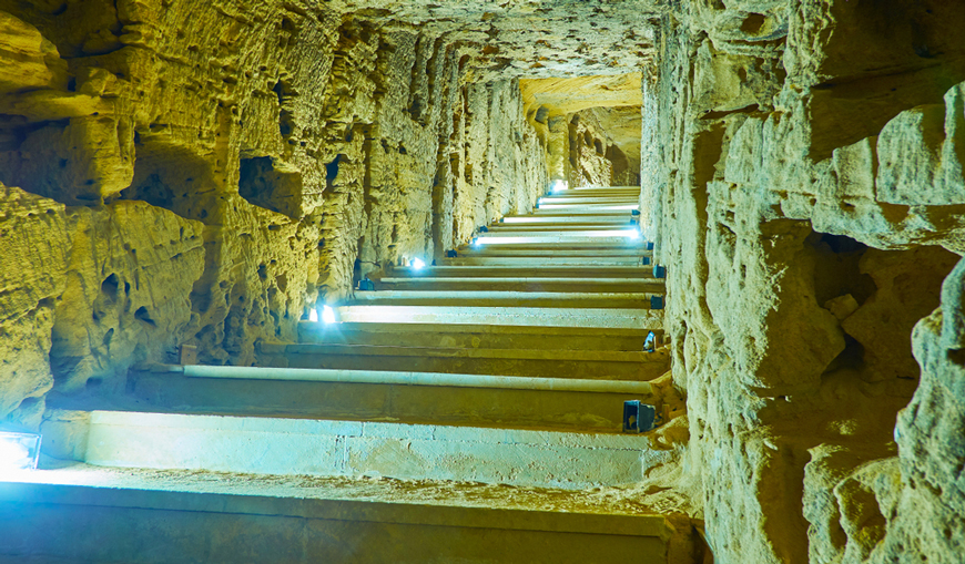 The Catacombs of Kom El-Shoqafa Facts | The Catacombs History and Discovery