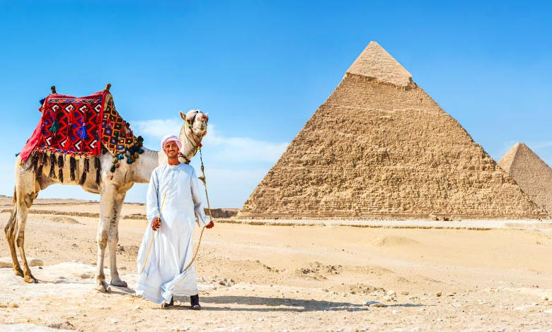 Day Tour from Hurghada to Pyramids by Plane