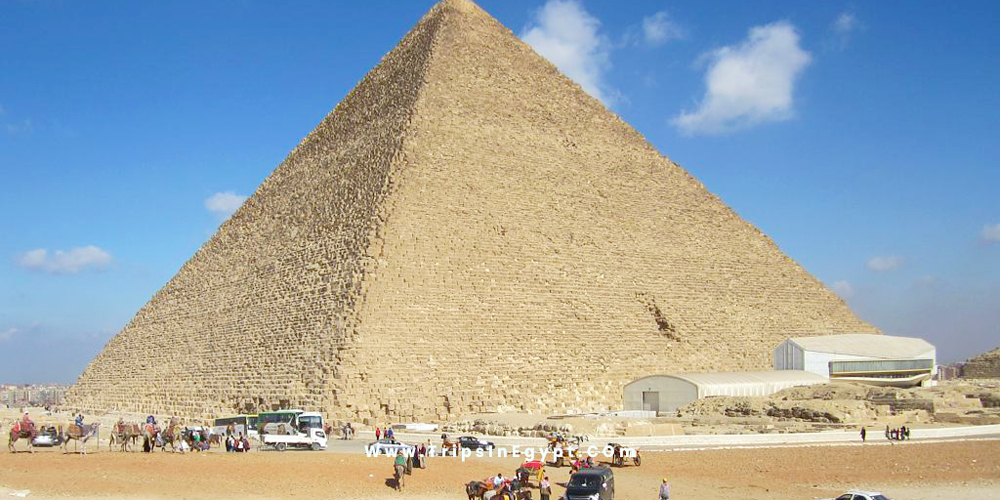 King Khufu Pyramid - Trips in Egypt