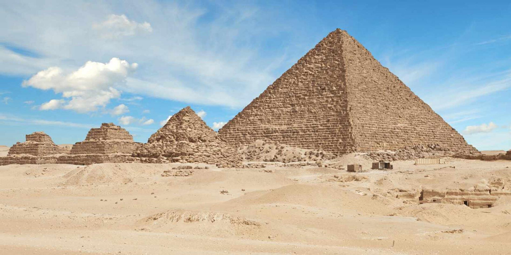 The Small Pyramid - Day Tour from EL Gouna to Cairo by Car - Trips in Egypt