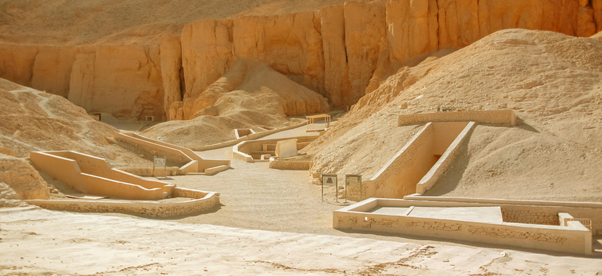 Valley of The Kings | Luxor & Aswan tour from El-Gouna | TripsInEgypt