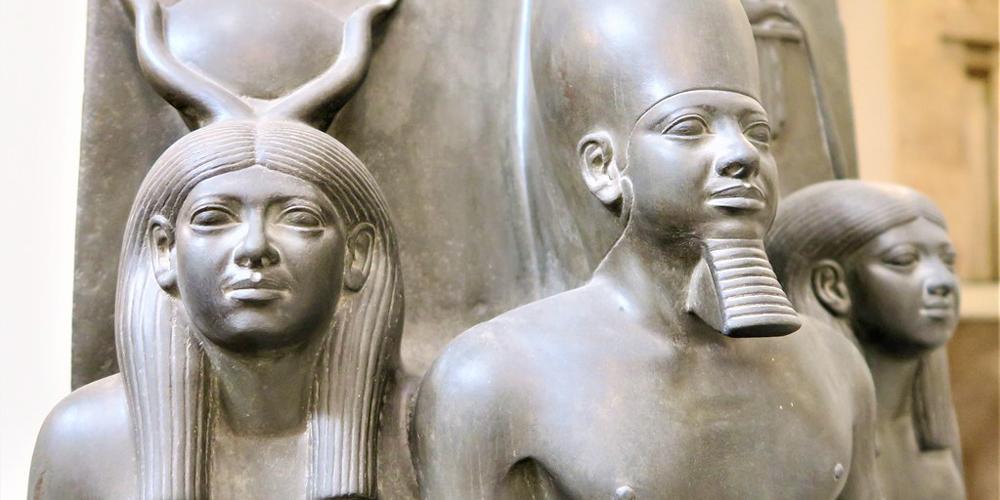 King Menkaure Family - Trips in Egypt