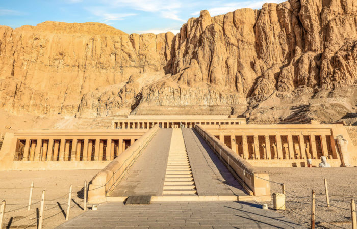 Our 8 days Cairo, Luxor, Abu Simbel & Hurghada tour is the best chance for those searching for an unforgettable 8 days in Egypt, check this itinerary now.