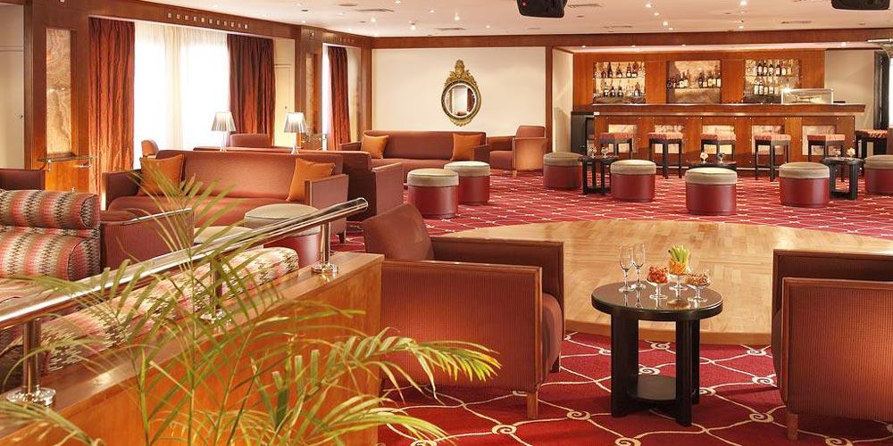 Bar of Sonesta Nile Goddess Nile Cruise - Trips in Egypt