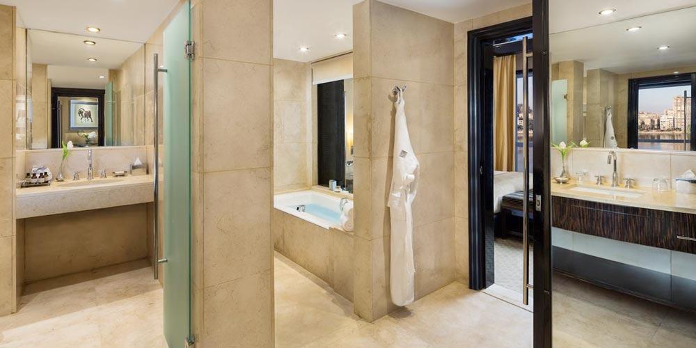 Bathroom of Fairmont Nile - Trips in Egypt