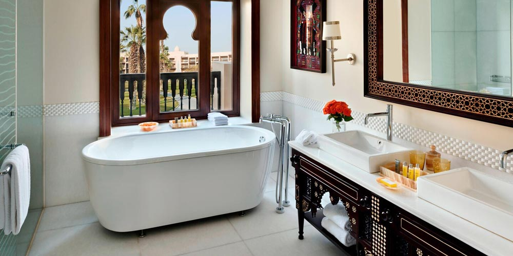 Bathroom of Marriott Mena House - Trips in Egypt