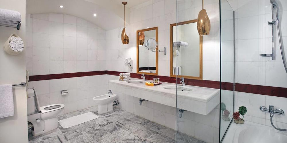 Bathroom of Movenpick El Gouna - Trips in Egypt