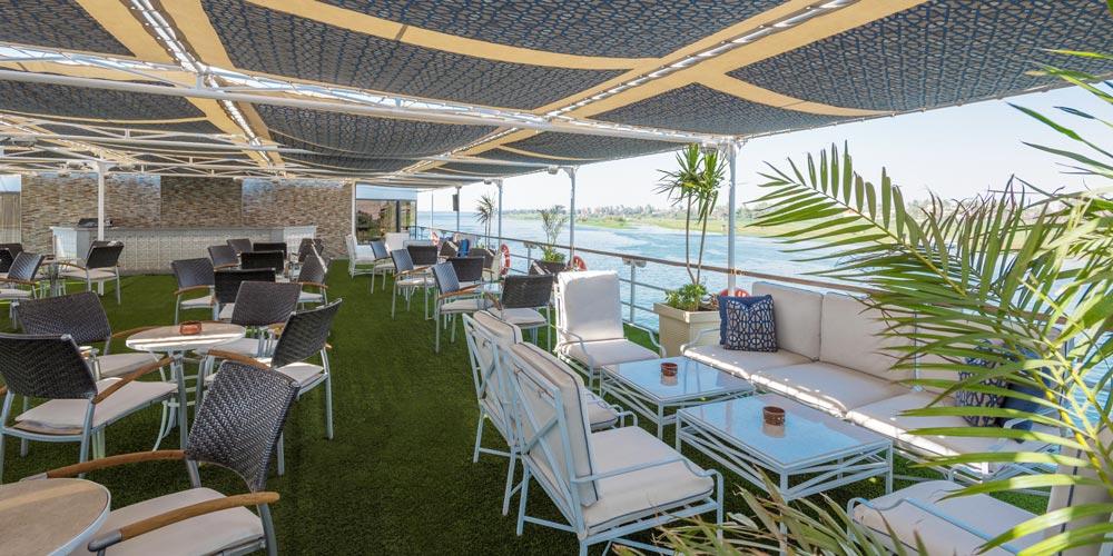 Coffee Break of Steigenberger Regency Nile Cruise - Trips in Egypt