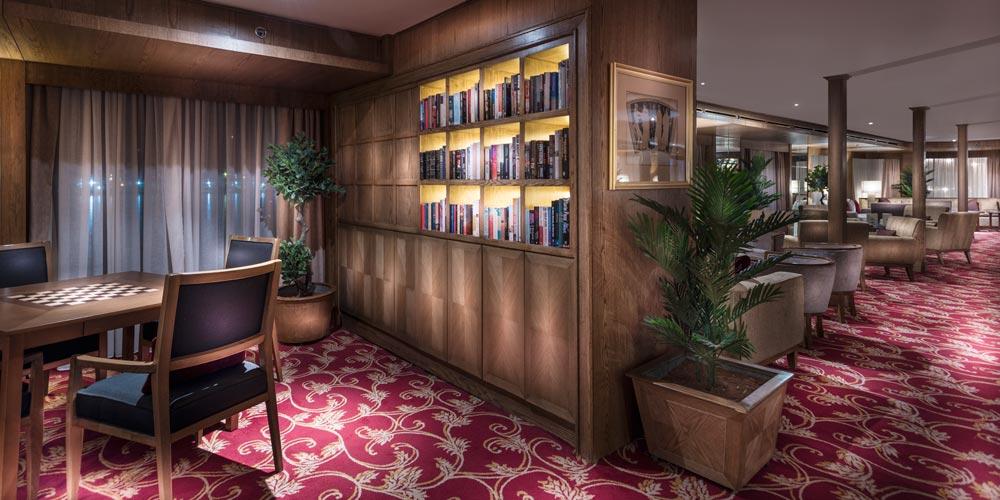 Lounge Bar Library of Steigenberger Regency Nile Cruise - Trips in Egypt