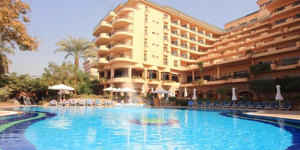 Pool & Sun Decks of Steigenberger Nile Palace - Trips in Egypt