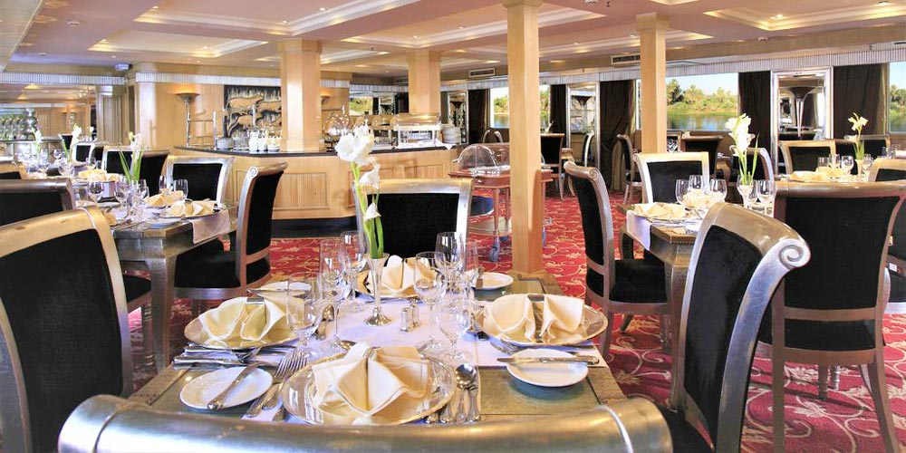 Restaurant of Jaz Senator Nile Cruise - Trips in Egypt