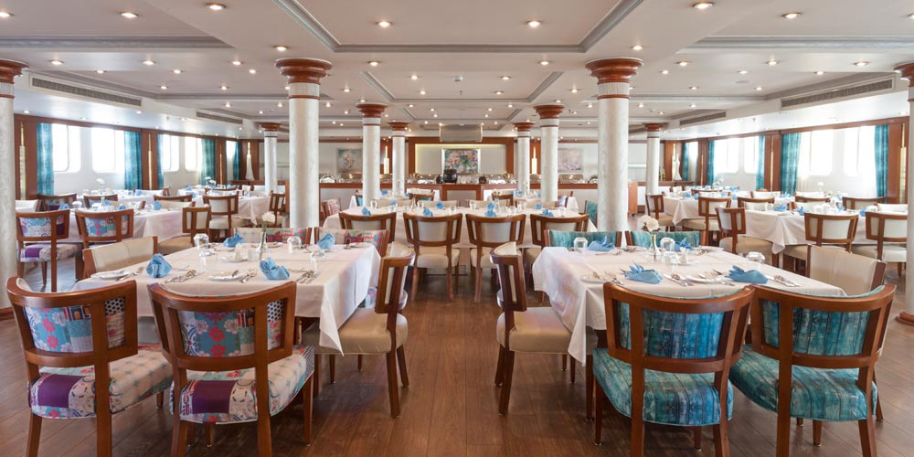 Resturant of MS Acamar Nile Cruise - Trips in Egypt