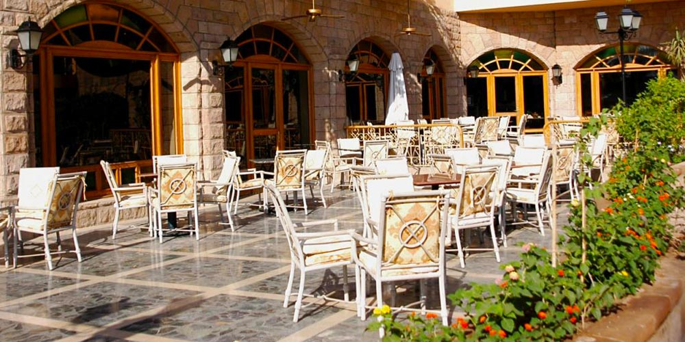 Resturant of Steigenberger Nile Palace - Trips in Egypt