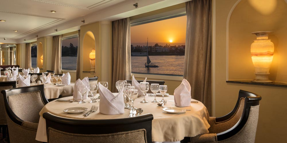Resturant of Steigenberger Regency Nile Cruise - Trips in Egypt