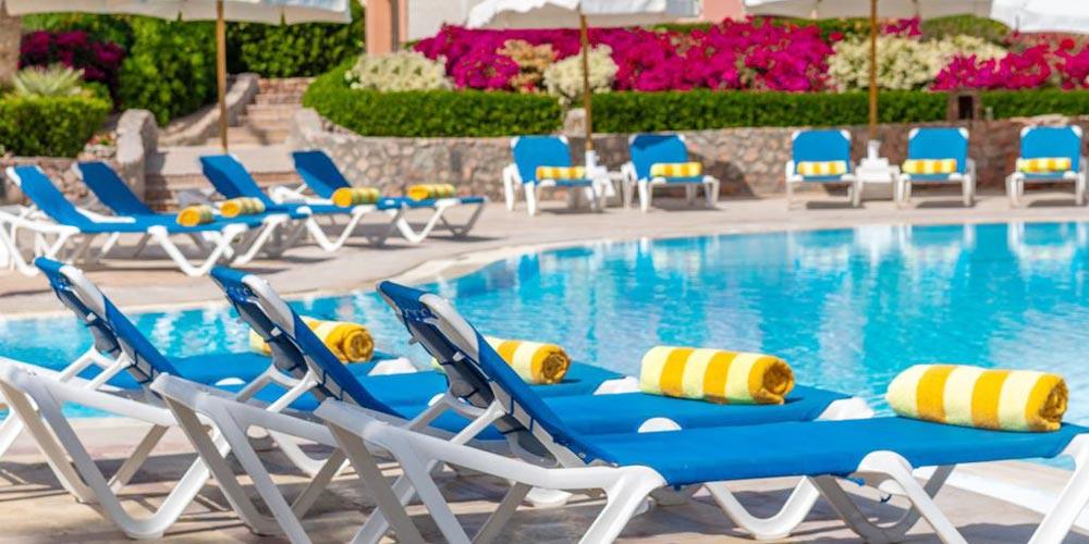 Sun Decks & Pool of Movenpick El Gouna - Trips in Egypt