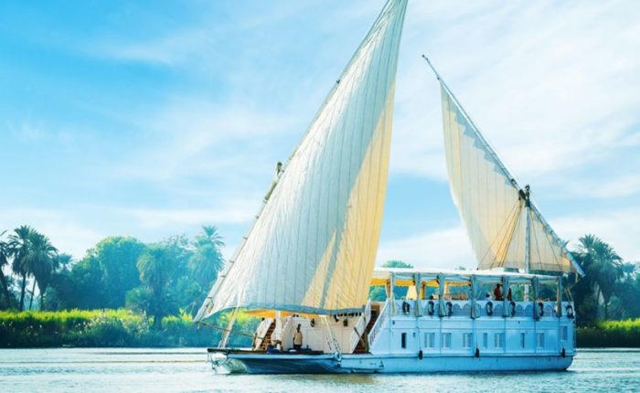 Amoura Dahabiya Nile Cruise - Trips in Egypt