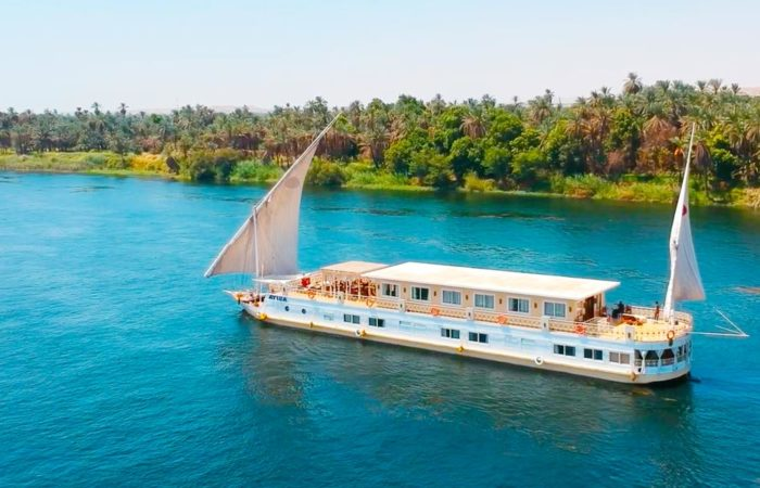 Asiya Dahabiya Nile Cruise - Trips in Egypt