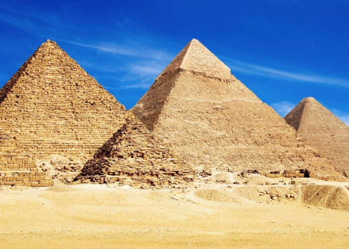 How the Pyramids Were Built - Trips in Egypt