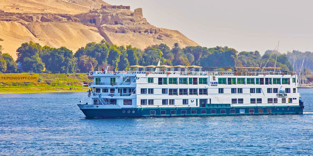 What to Wear For A Nile Cruise - Trips In Egypt